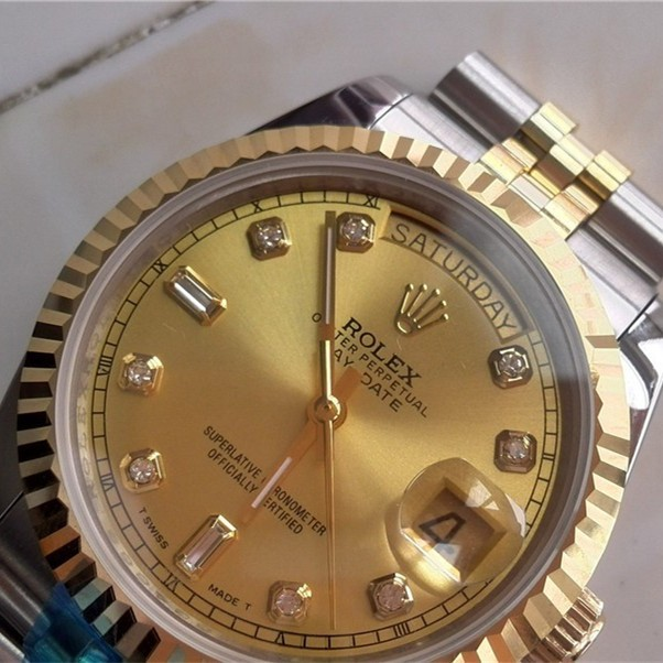 Swiss Rolex Day-Date 18K Gold Diamond time markers Two toned strap Automatic Replica Watch