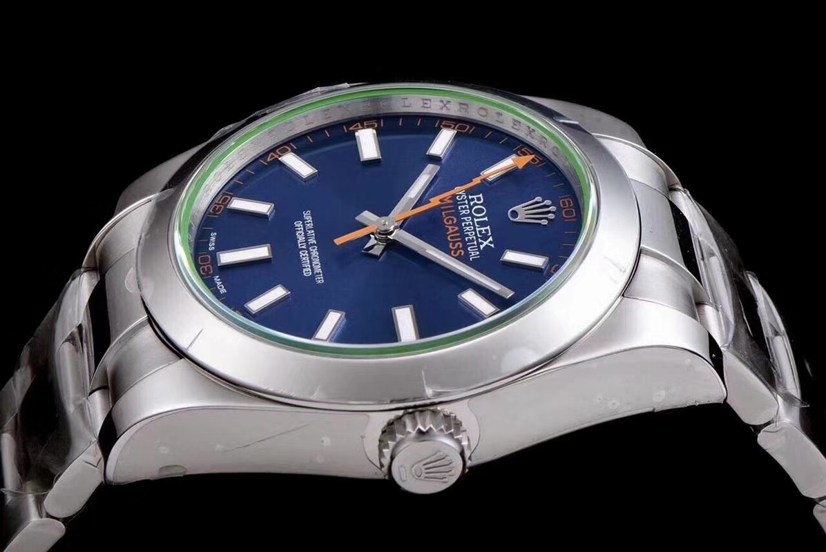 Rolex Milgauss Swiss Replica Watch 116400GV-0002 Blue Dial Super Model)