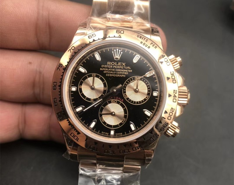Rolex Cosmograph Daytona 18K Yellow Gold Light-red Sub-dials Automatic Replica Watch