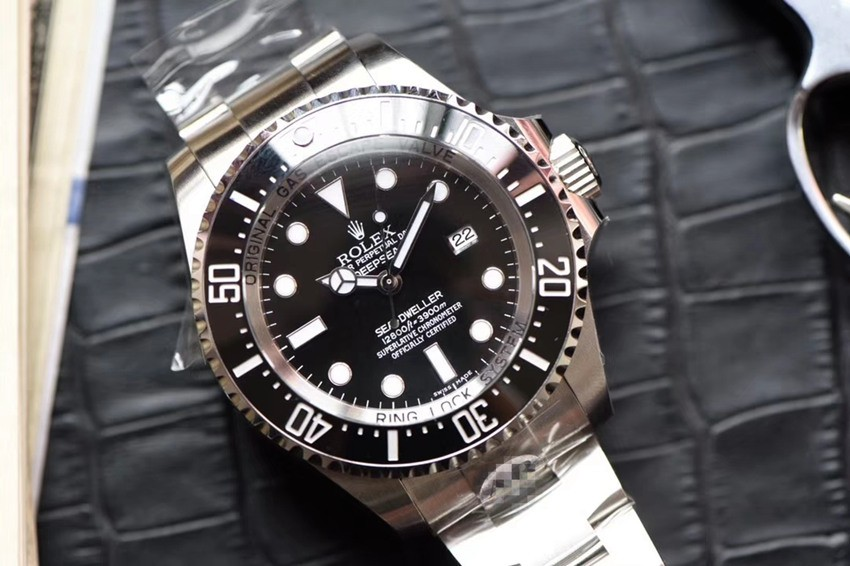 Swiss Rolex Deepsea Sea-Dweller 43mm Automatic Replica Watch (Super Model)
