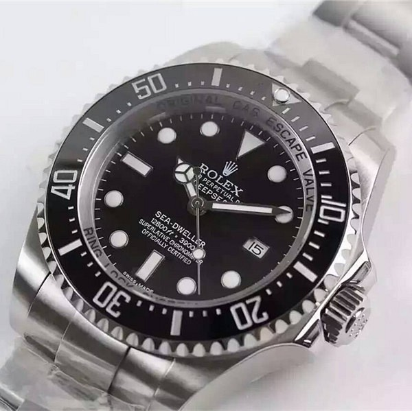Swiss Rolex Deepsea Sea-Dweller Diamond 43mm Automatic Replica Watch (Super Model)