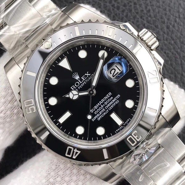 Swiss Rolex Submariner 116610LN Black Dial 3135 Automatic Replica (Super Model)